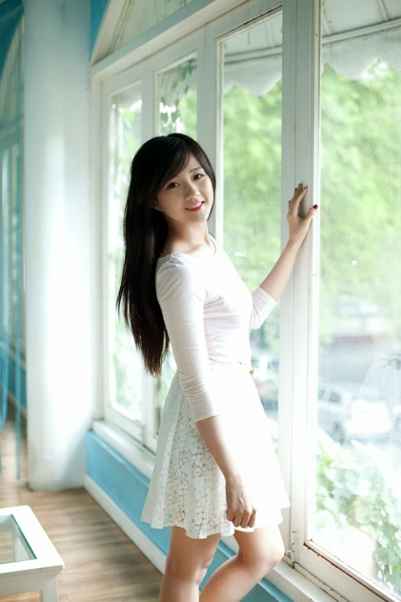 """""""Cô gái trà sữa"""" Nguyễn Hoàng Kiều Trinh đáng yêu"""