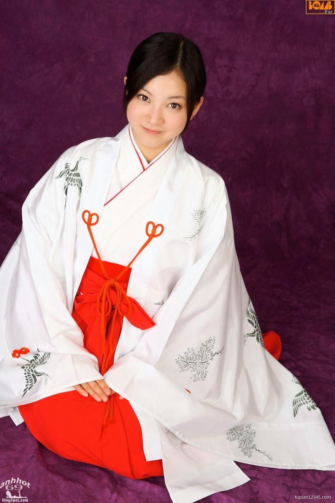maari-nakashima_1-110F5105504