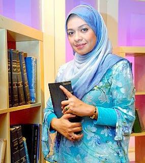 Ustazah Sharifah Khasif