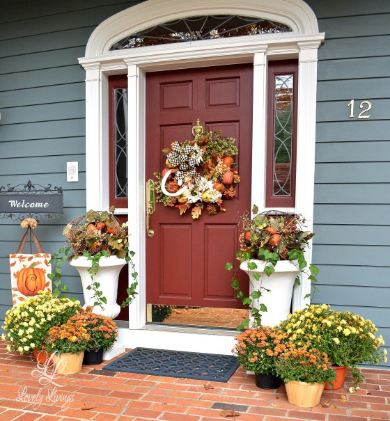 Lovely Things- Fall Porch-From My Front Porch To Yours- Treasure Hunt Thursday