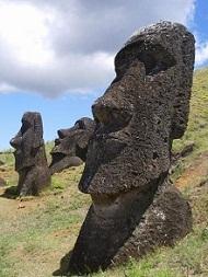 cabezas de moáis, isla de Pascua
