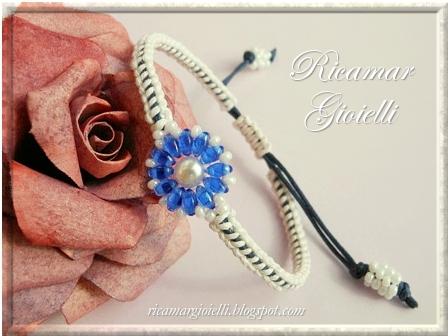 Bracciale in macramè con twin beads e perla 6 mm