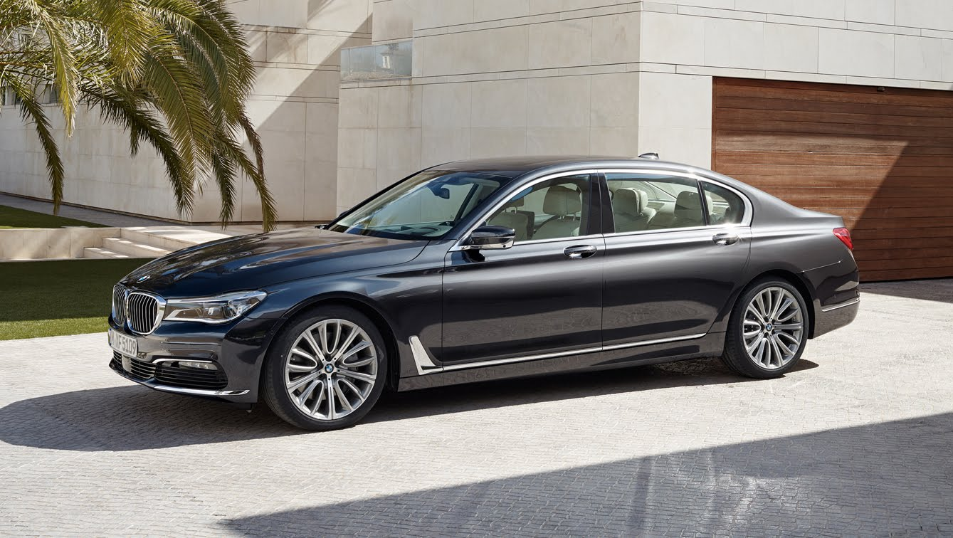 Review BMW 750 Li 2015