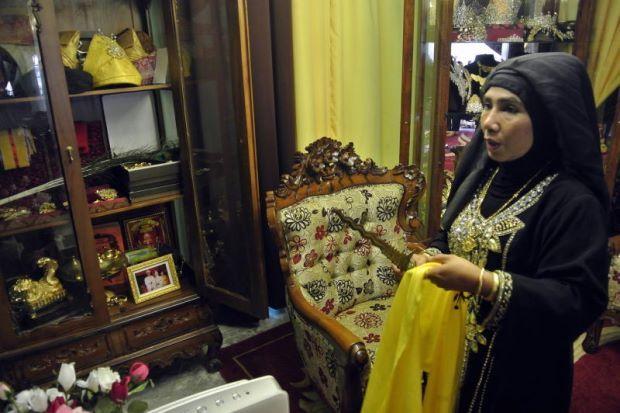 'Bonda Ratu' Dibebas Dengan Jaminan Polis