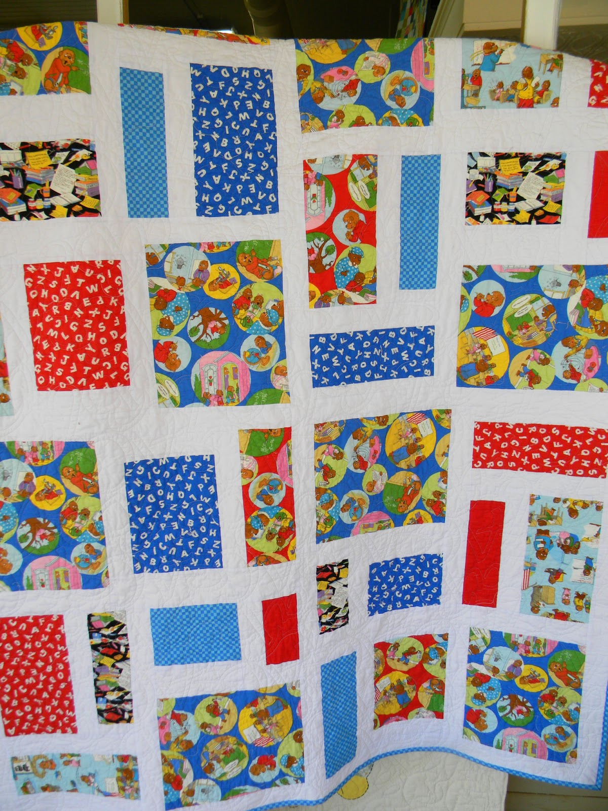 THE QUILT BARN: February 2013 : country quilts and bears - Adamdwight.com