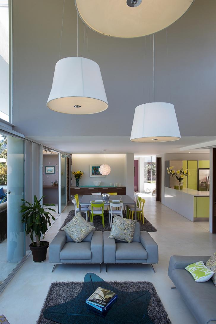 Modern furniture in the Casa del Viento by A-oo1 Taller de Arquitectura