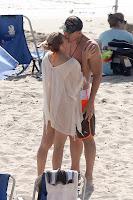 LeAnn Rimes kissing