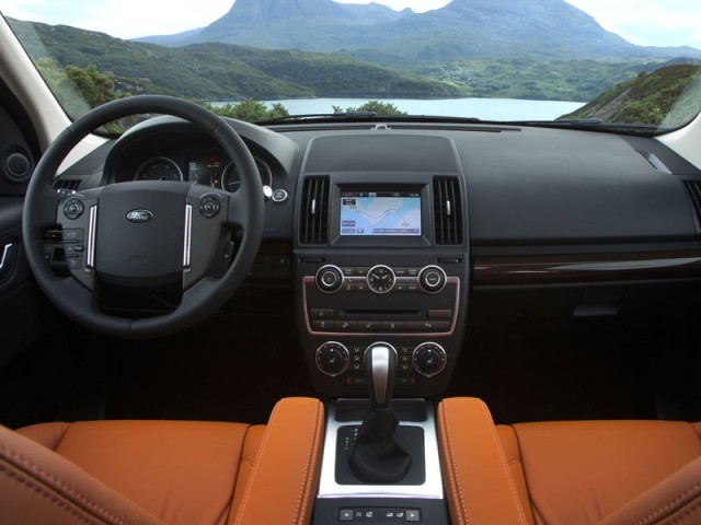 Land Rover Freelander 2 2013 interior