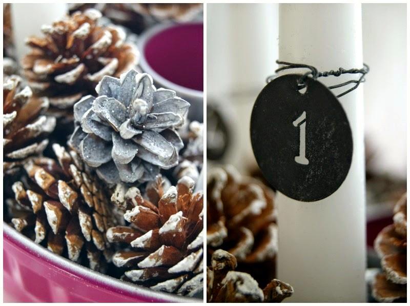 Advent wreath modern - pink baking pan, white candles and pinecones. IB Laursen, Krassilnikof. Einfacher moderner Adventskranz aus pinker Backform, weißen Stabkerzen und Tannenzapfen. Shabby Chic. White Living.