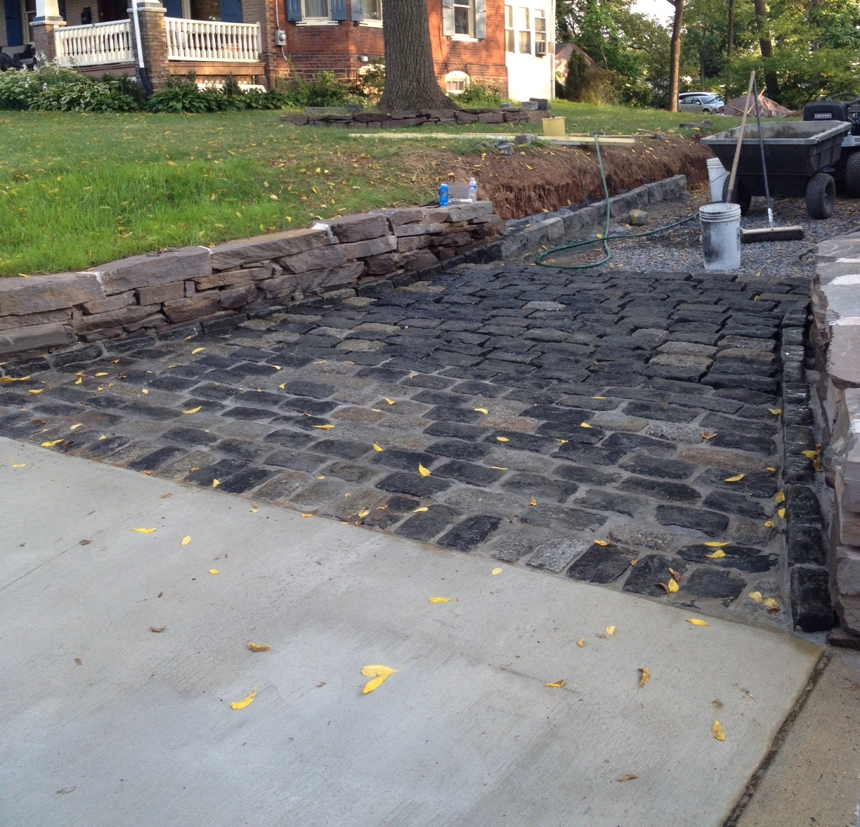 High street market driveway update cobblestone apron progress solutioingenieria Image collections