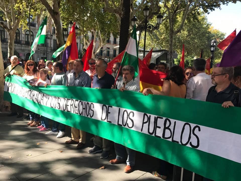 FOTO CONCENTRACIÓN Sábado 7 de Octubre en Sevilla