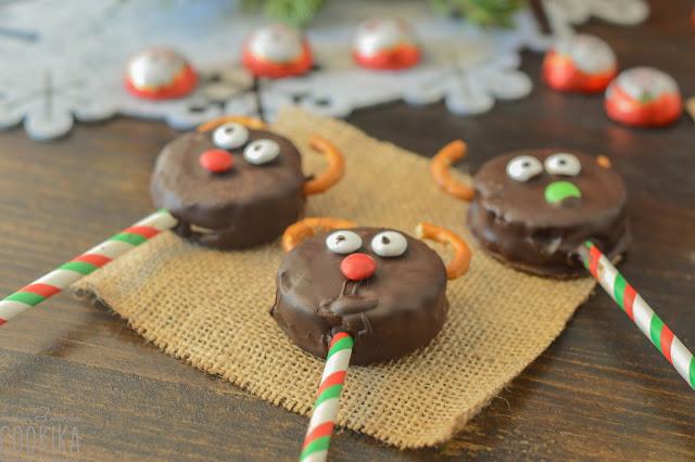 Oreo Reindeers