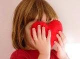 foto bambina col cuore