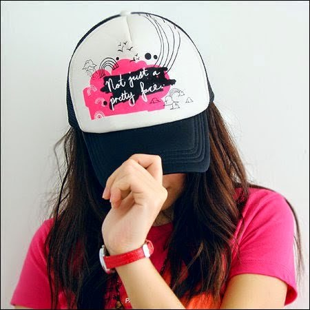 stylish girl with hat, Girl Wearing Hat, Hat Girl, Girl with Hat Profile Pictures, Display Pictures