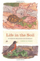 http://1.bp.blogspot.com/-ev55GQUltts/TdTxU0ZfVOI/AAAAAAAABTQ/t7Kfbrn-OE4/s1600/Life-in-the-Soil-A-Guide-for-Naturalists-and-Gardeners.jpg