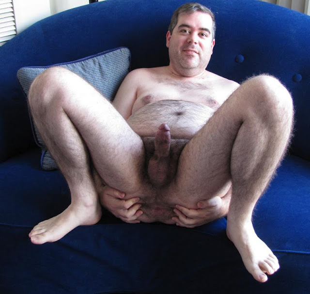fanmale11+017 Chubby Guy Showing Cock and Ass