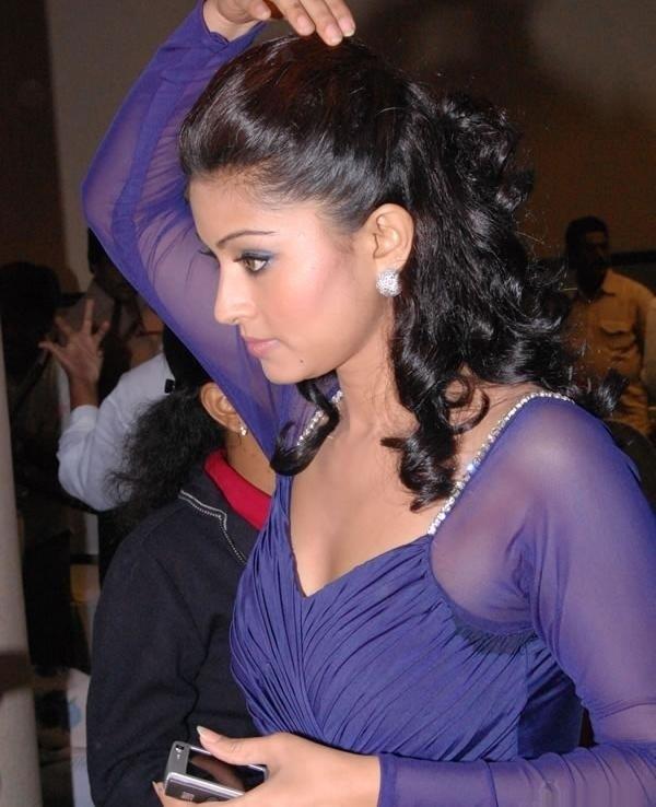 Actress Sneha Gallery hot photos