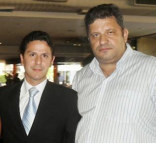 http://1.bp.blogspot.com/-evIGjZYxC0c/U0KPS4nYvaI/AAAAAAAAE4Y/LR8iS5eH-O8/s1600/Carlos+e+Bruno.jpg