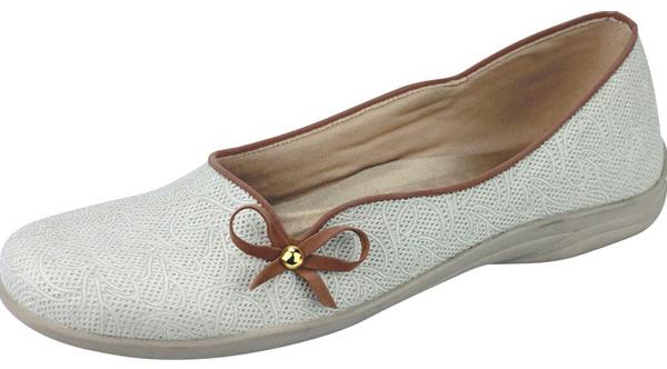 Daftar Harga Sepatu Wanita Terbaru Murah Branded 97da89c4b2