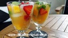 resep praktis dan mudah membuat minuman es punch fruity spesial segar enak, lezat