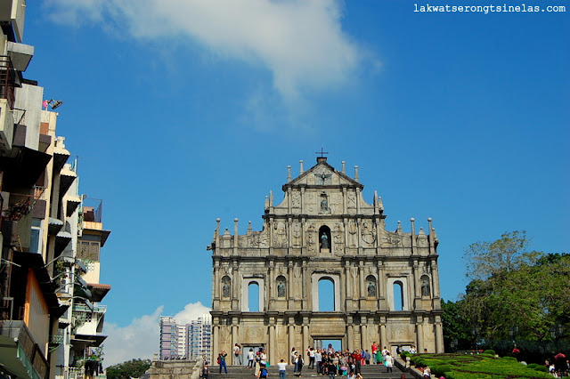 OUTSIDE THE SQUARES OF THE HISTORIC CENTRE OF MACAO