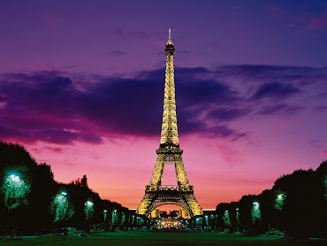 #2 Eiffel Tower Wallpaper