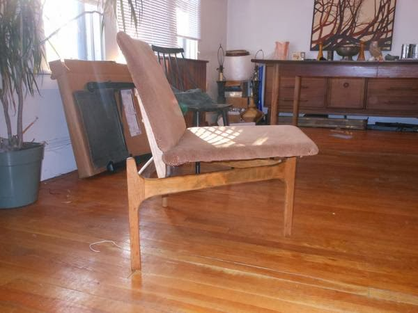 Danish Modern Living Room 3 Leg Chair