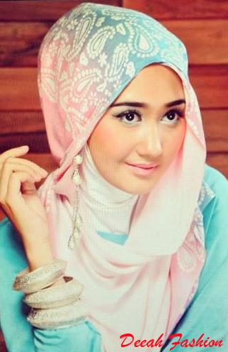 Jilbab ala Dian Pelangi
