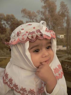 bayi-muslimah-imut-berjilbab
