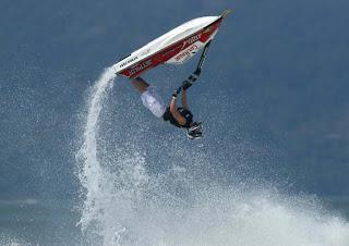 Jet ski manobras radicais