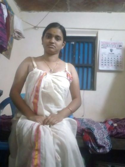 Innocent malayali girl pictures for Bathroom models in kerala