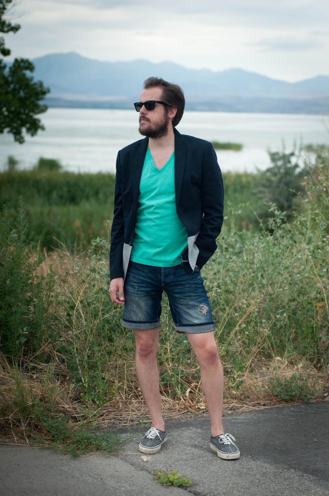 vans shorts mens Green