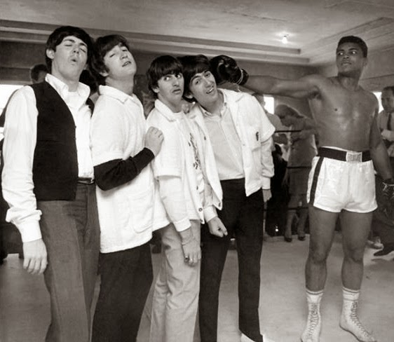 64 Historical Pictures you most likely haven't seen before. # 8 is a bit disturbing! - The Beatles and Muhammad Ali. 1964