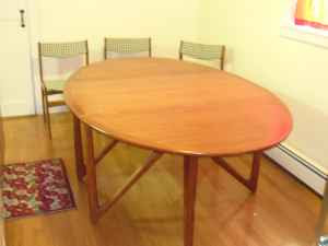 DANISH TEAK DINING TABLE CHAIRS
