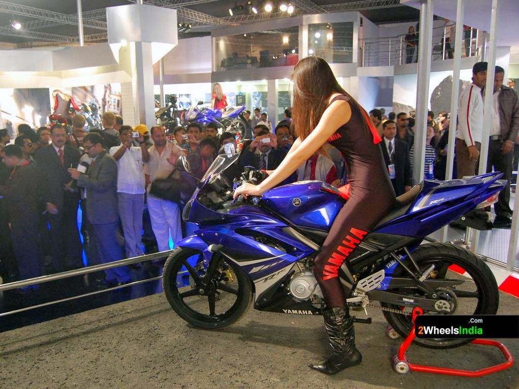 Hd wallpaper yamaha r15 - Harmony Between Rider And Machine Yamaha Is A Human Technology Involves Studying The Form Of The Motorcycle Actually In Motion With The Rider On It