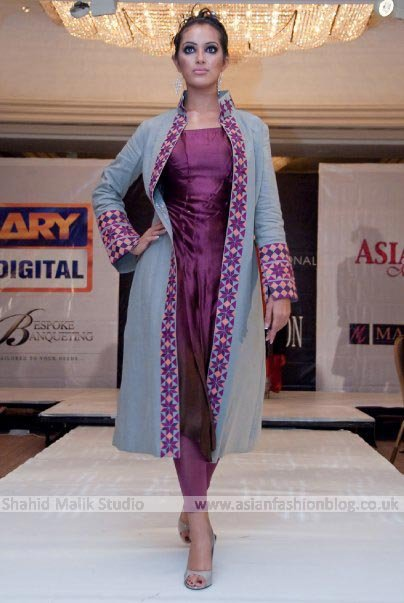 Hit Mehndi Tips Fashion Styles Cat Walk In Karachi Summer Clothiers Fashion Show