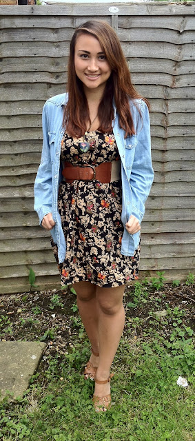 River Island, sandals, heeled sandals, Primark, tea dress, sun dress, floral print, denim jacket, Ebay, crushed rose, necklace, waist belt, tan shoes, tan belt