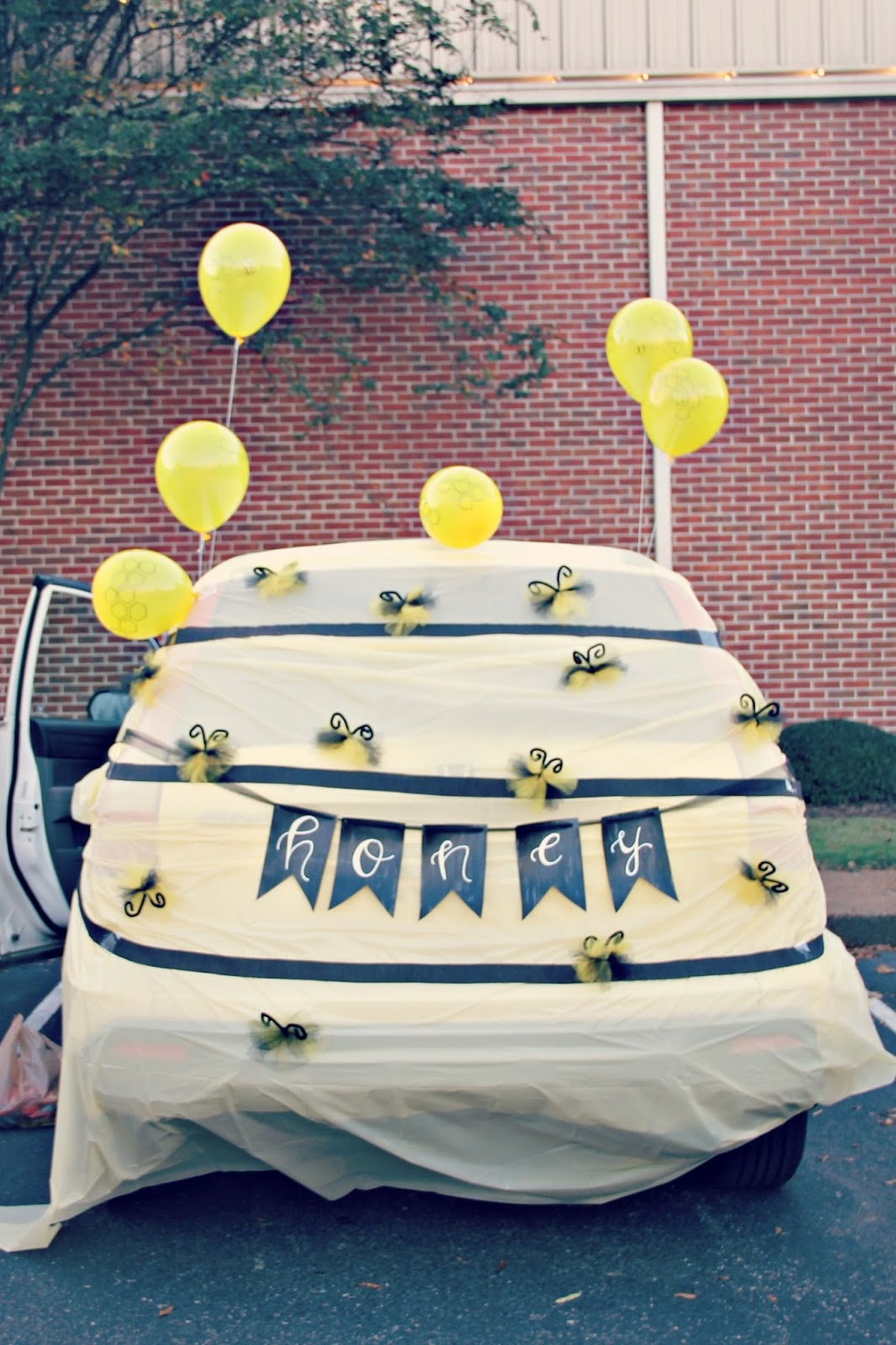 Trunk or Treat Beehive