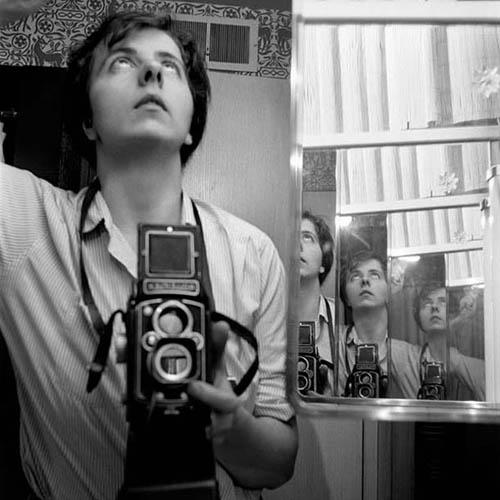 Auto-retratos ao espelho de fotógrafos famosos - Vivian Maier