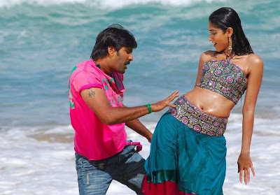 Actress Ileana Hot Navel Show Photos -1