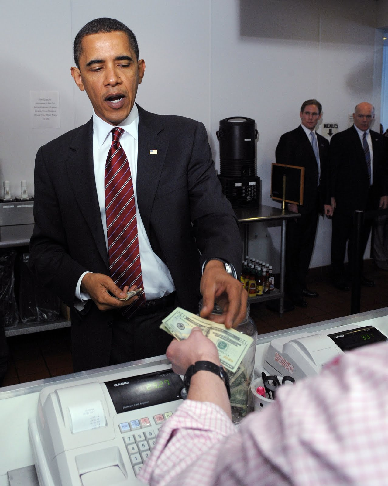 ... Suit Looks Good on Obama, Not so Good to America's Underemployed