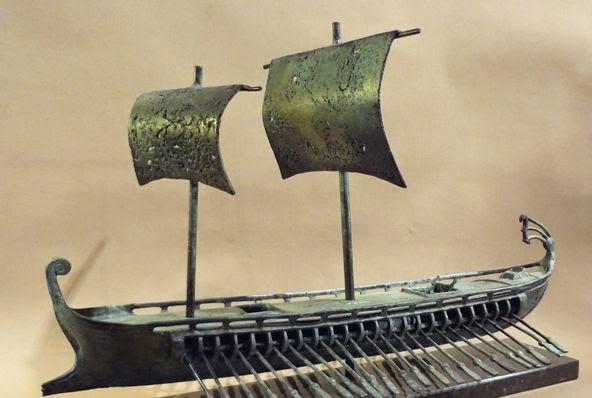 http://www.itsallgreek.co.uk/category/bronze-helmets-shields-ships-armour/10079/