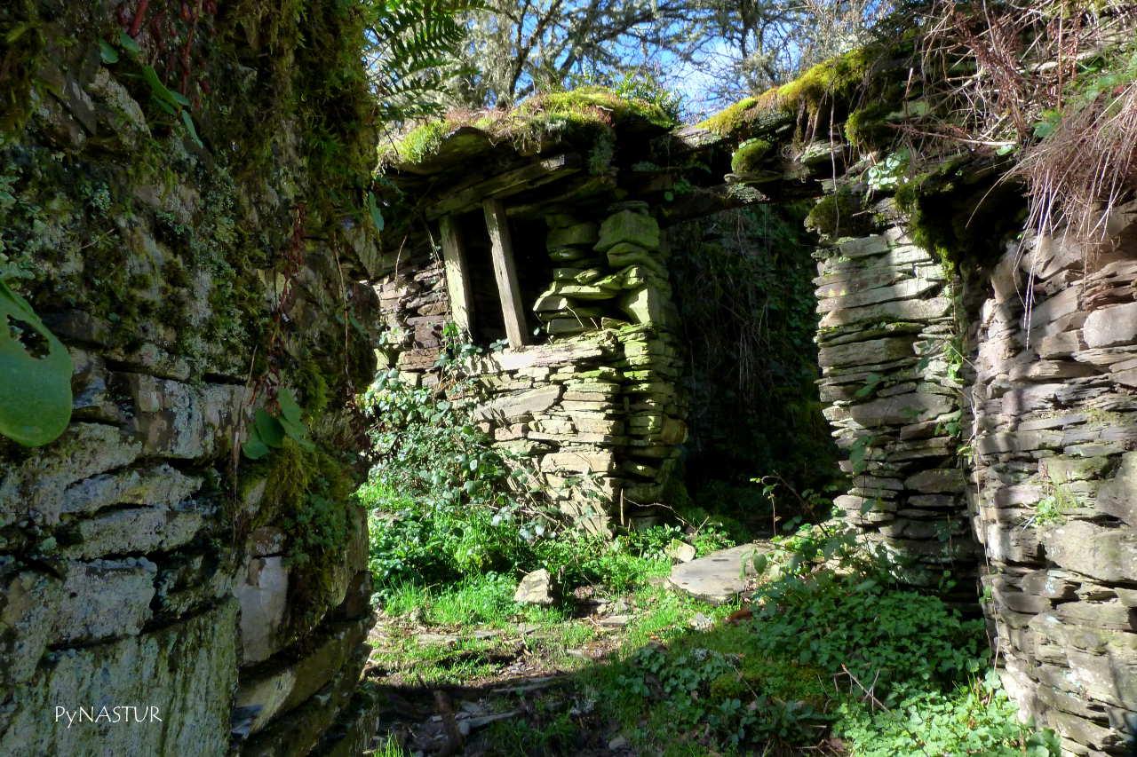 Pueblo abandonado de Ancadeira