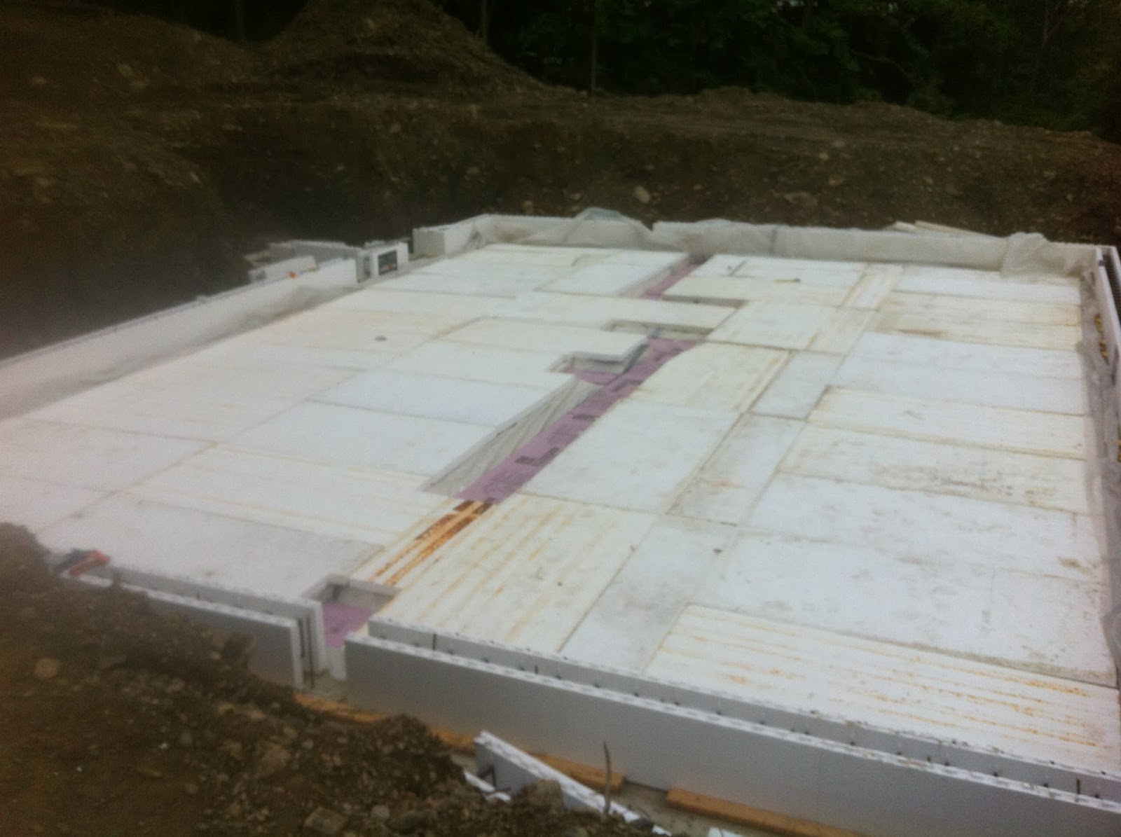 Newburghnetzero december 2013 for Insulating basement floor before pouring