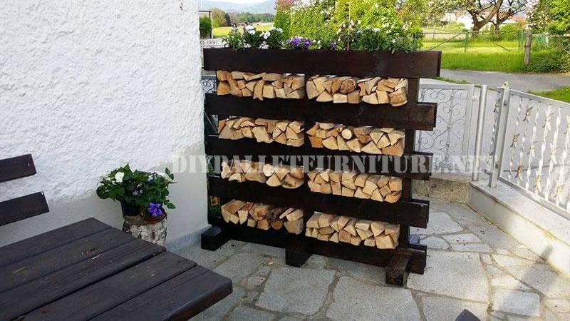 Le ero con tan solo un palet for Carritos de madera para jardin
