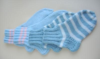 knitting.jpg, вязание, носки, вязание для детей, голубой, полосочки, носки для малышей,knitting, socks, knitting for children, blue, stripes, socks for kids