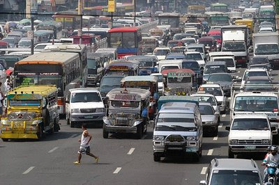 crazypedestrian Driving in the Philippines   Know your driving laws