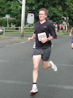 Recover Your Stride: Bad stride: Following poor running form ...