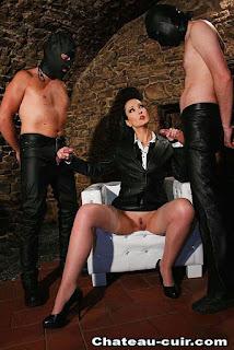 Sexy bitches - rs-FD57_fdb1_%2528104%2529-799364.jpg