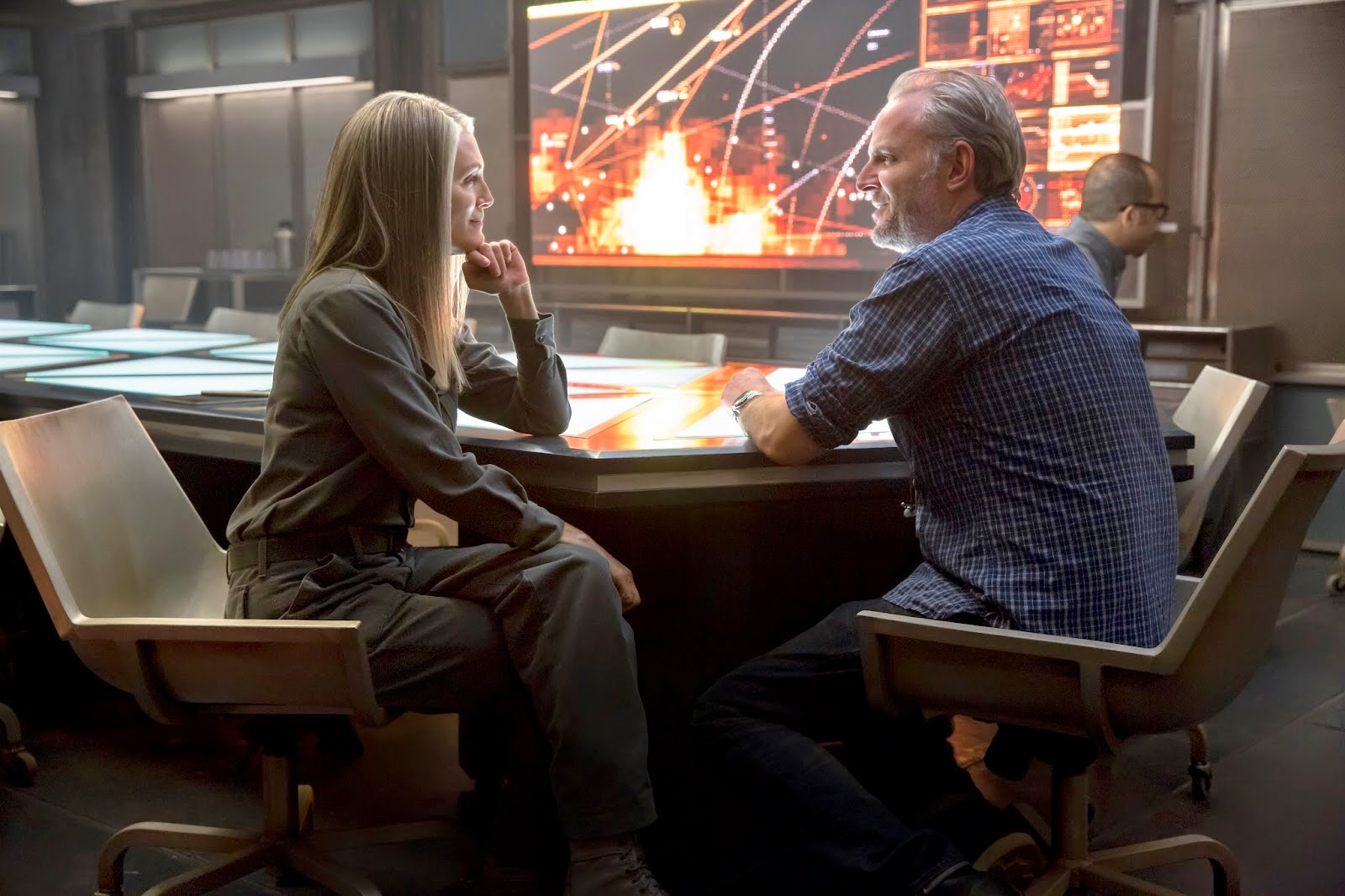 OFFICIAL: New Stills from 'The Hunger Games: Mockingjay Part 1' featuring Katniss, Haymitch, Boggs & MORE